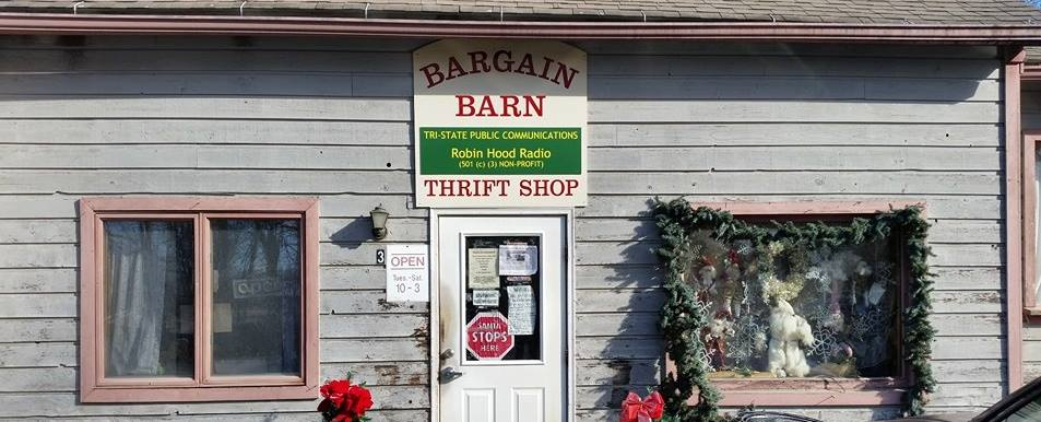 This image has an empty alt attribute; its file name is bbarn-front.jpg